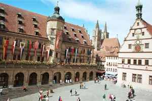 rothenburgmarketsquare1-copy.jpg