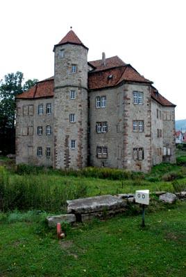 castlefromsoutheast.jpg