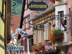 Attractive metal signs in Kaysersberg